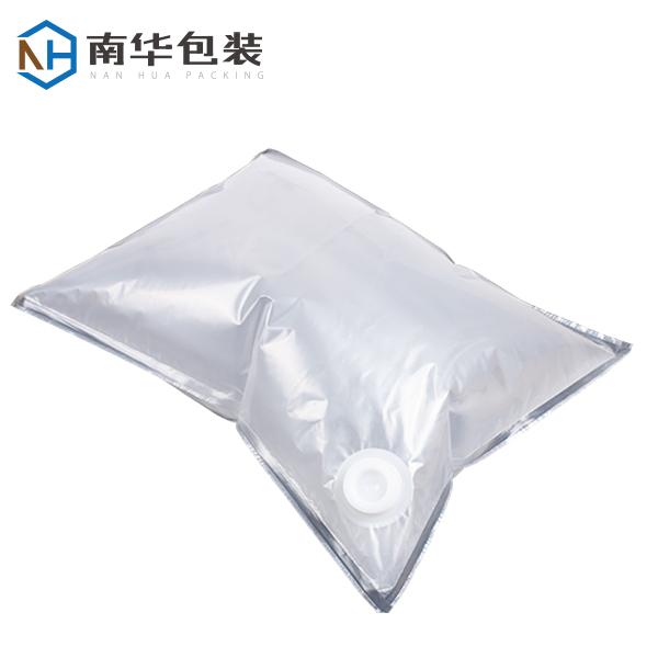 Bag in box for liquid egg